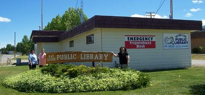 Library-Staff-and-BuildingFRASERLAKE